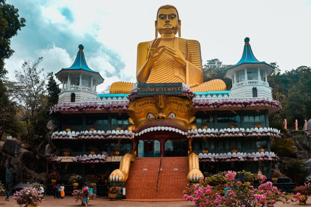 dambulla buddha d'oro