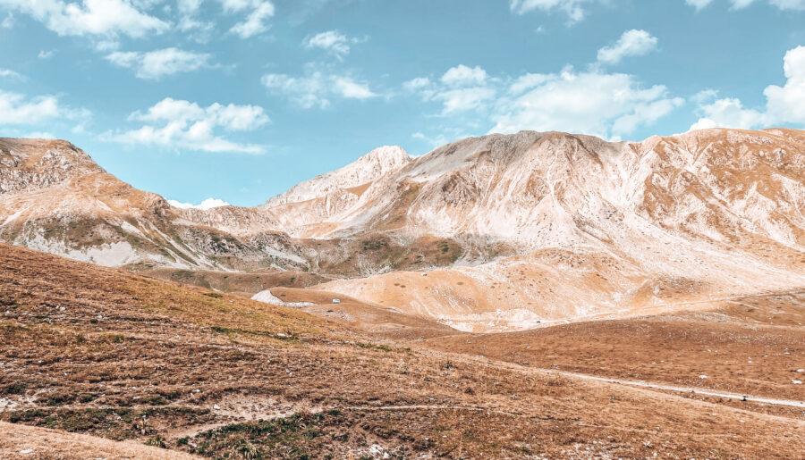 Campo Imperatore il piccolo Tibet d'Abruzzo: cosa fare, la guida completa